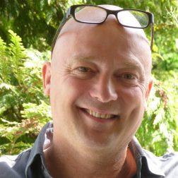 dr. Rombout van den Nieuwenhof MBA